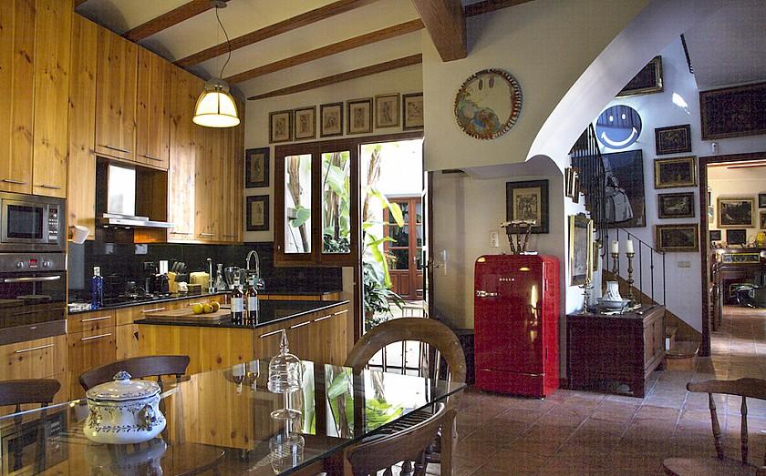 Cocina estilo rústico mansión Muralla de Pego