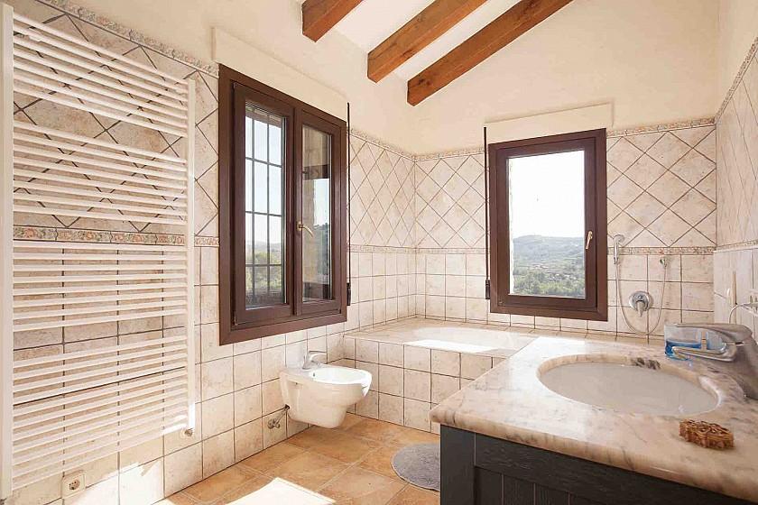Aseo, baño rústico villa de lujo. Benissa.